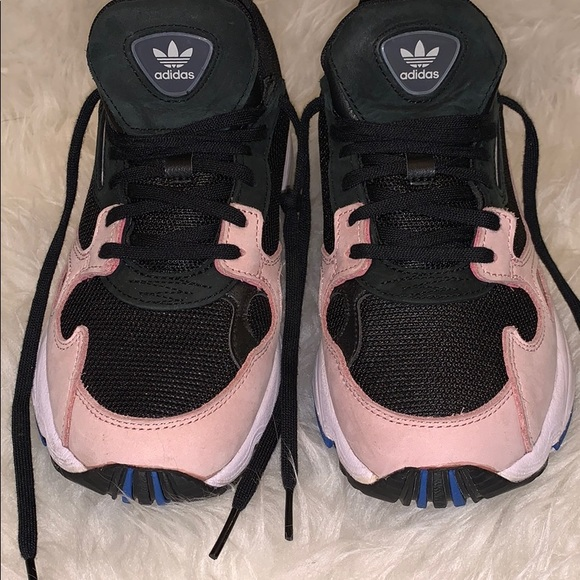 adidas Shoes | Adidas Falcon W B2826